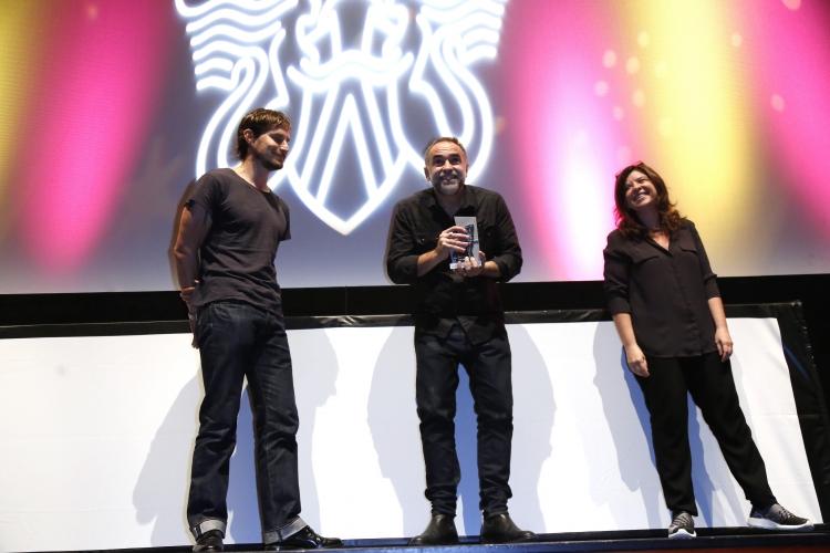 Mariana Rondón entrega el Premio Sebastiane Latino a Karïm Ainouf