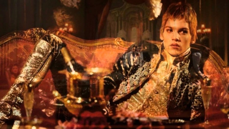 Velvet-Goldmine-Style-Picture-Jonathan-Rhys-Meyers-Glam-Look-800x450