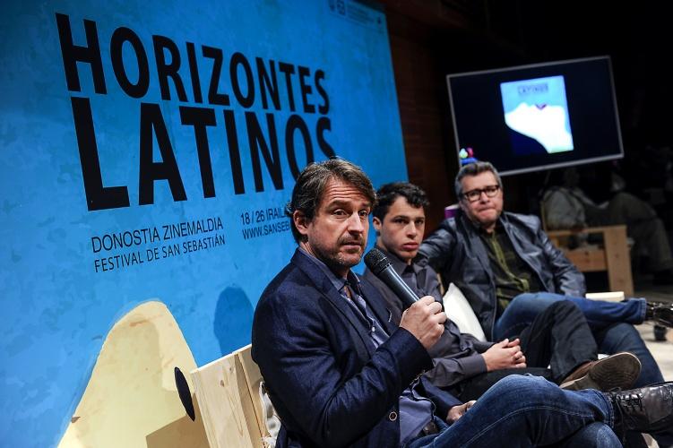 Lorenzo Vigas y su actor Luis Silva (foto Gari Garaialde)