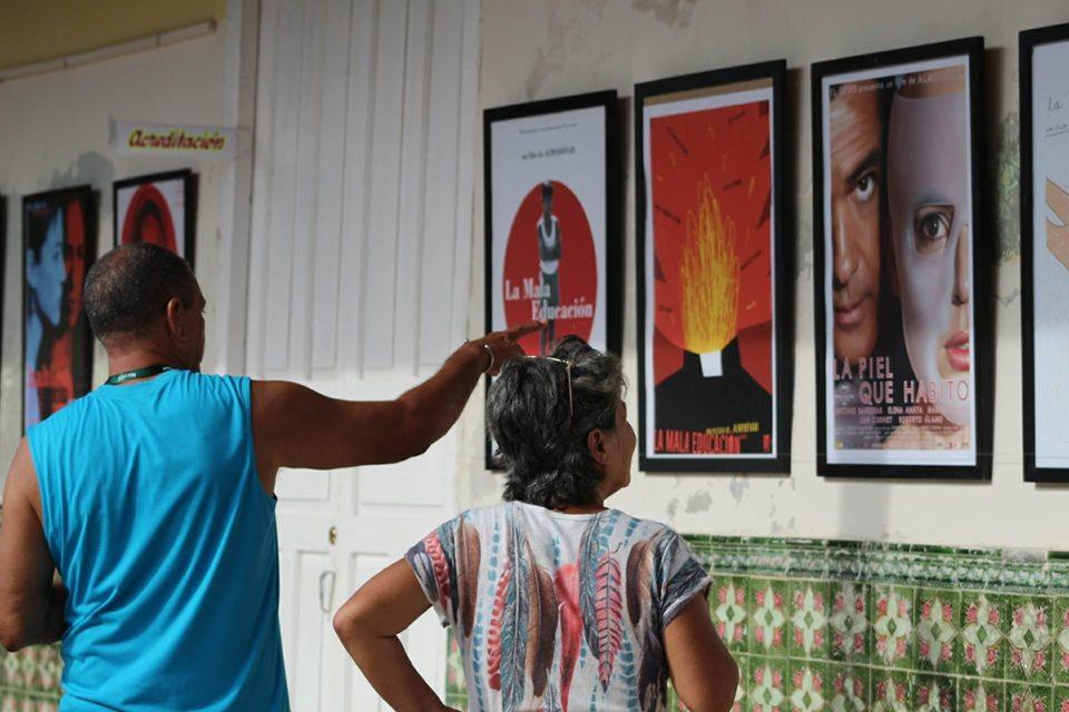 Exposición 'Todo sobre Pedro… Almodóvar cumple 70 años'.